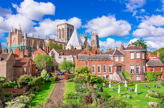 NFU Mutual Careers - Our Offices - York - York Minster Image.jpg